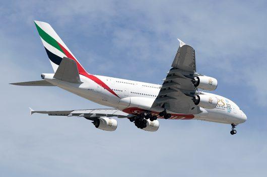 EK/UAE/エミレーツ航空  A380 A6-EEJ