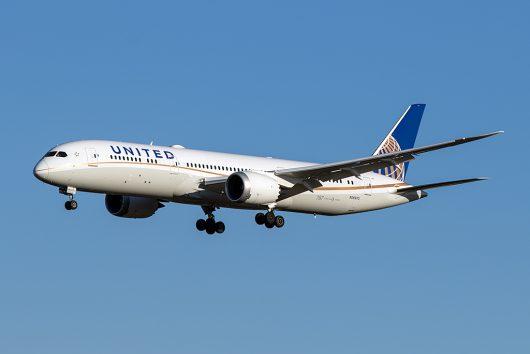UA/UAL/ユナイテッド航空  B787-8 N26970