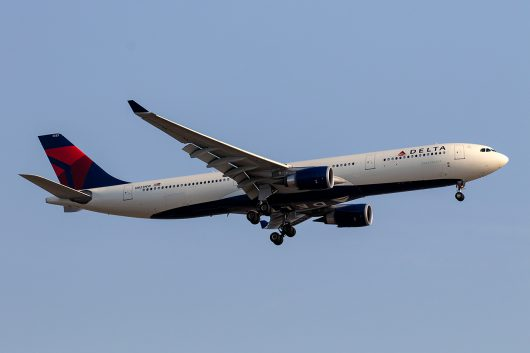 DL/DAL/デルタ航空 DL7 A330-300 N833NW