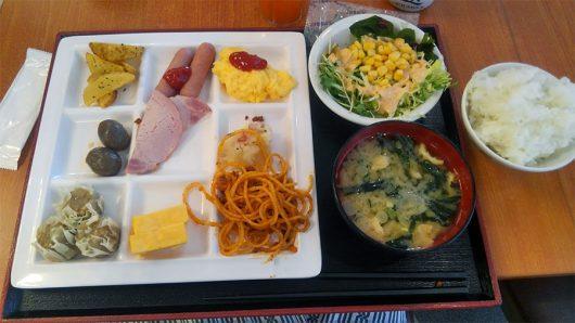 伊東園草津の朝食