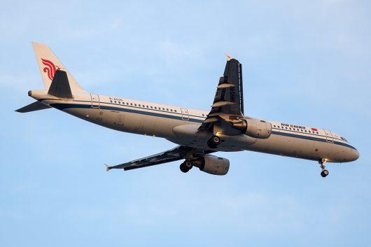 CA/CCA/中国国際航空 CA421 A321 B-6595