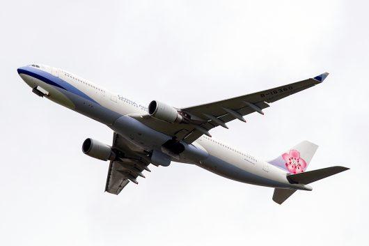 CI/CAL/チャイナエアライン  A330-300 B-18360