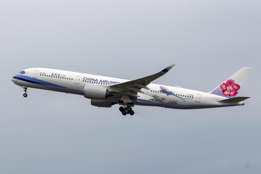 CI/CAL/チャイナエアライン  A350-900 B-18908
