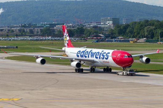 WK/EDW/エーデルワイス航空  A340-300 HB-JMF