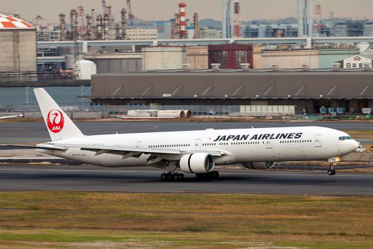 JL/JAL/日本航空 B777-300 JA8944