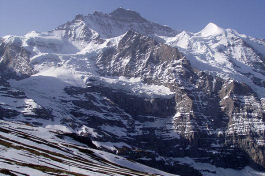 スイスアルプスを巡る旅は如何ですか?