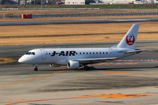 XM/JLJ/ジェイエア  ERJ-170 JA220J