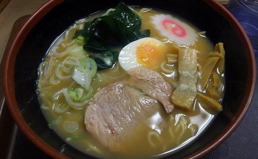 富士そばの「煮干しラーメン」450円