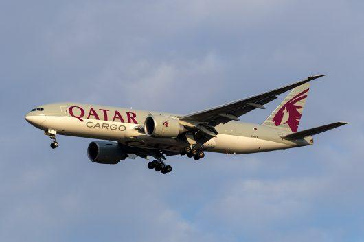 QR/QTR/カタール航空 QR8916 B777-F A7-BFL