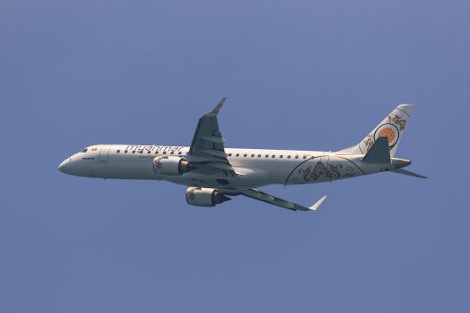 UB/UBA/ミャンマー・ナショナル・エアウェイズ UB32 ERJ190 XY-AGQ