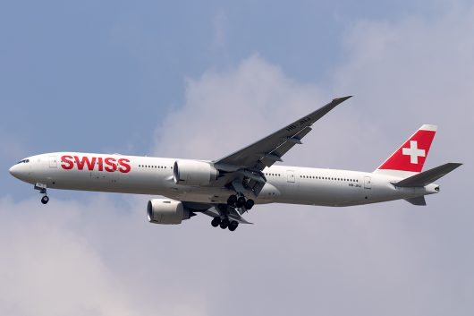 LX/SWR/スイス国際航空 LX180 B777-300ER HB-JNJ