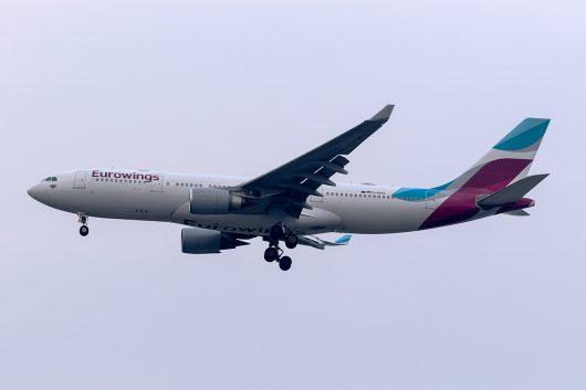 EW/EWG/ユーロウイングス EW1106 A330-200 D-AXGG