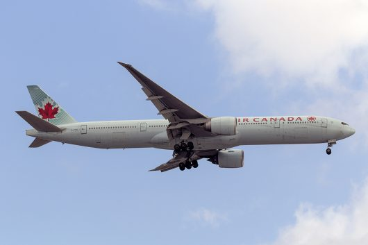 AC/ACA/エアカナダ AC001 B777-300ER C-FIUL