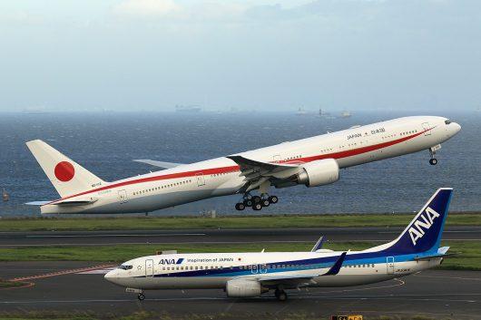 日本国政府専用機 B777-300ER 80-1112