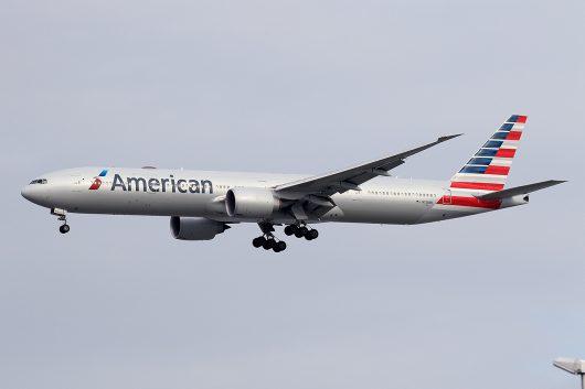 AA/AAL/アメリカン航空 AA27 B777-300ER N728AN