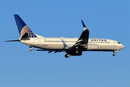 UA/UAL/ユナイテッド航空 UA196 B737-800 N73278