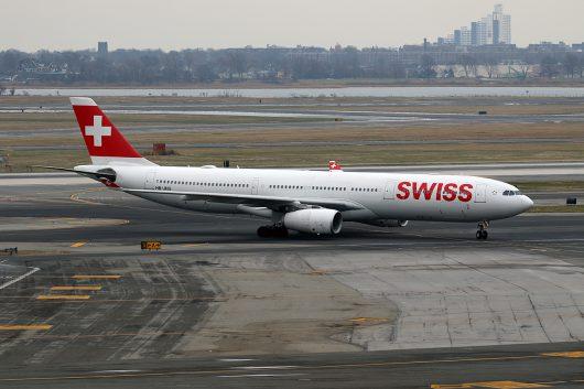 LX/SWR/スイス国際航空 LX22 A330-300 HB-JHG