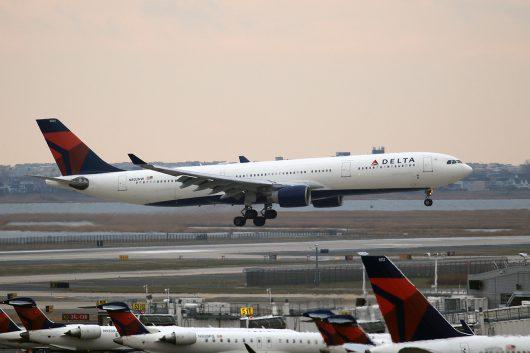 DL/DAL/デルタ航空 DL9897 A330-300 N802NW