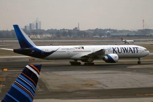 KU/KAC/クウェート航空 KU118 B777-300ER 9K-AOL