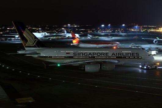 SQ/SIA/シンガポール航空 SQ25 A380 9V-SKI