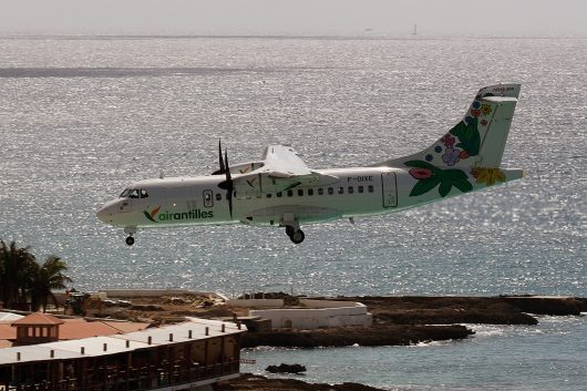 3S/GUY /エアーアンティル WM806 ATR42-500 F-OIXE