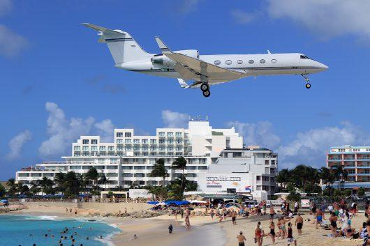 //BIZ-Jet - Gulfstream IV N874C