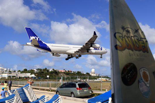 AF/AFR/エールフランス AF498 A340-300 F-GLZN