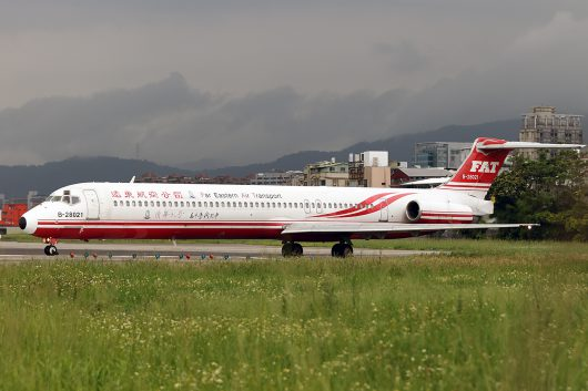 EF/FAT/遠東航空 MD-82 B-28021