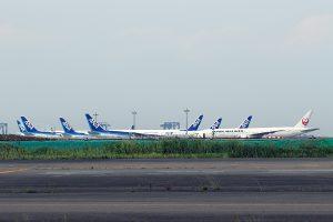 羽田空港で再び飛べる日を待つ・・・