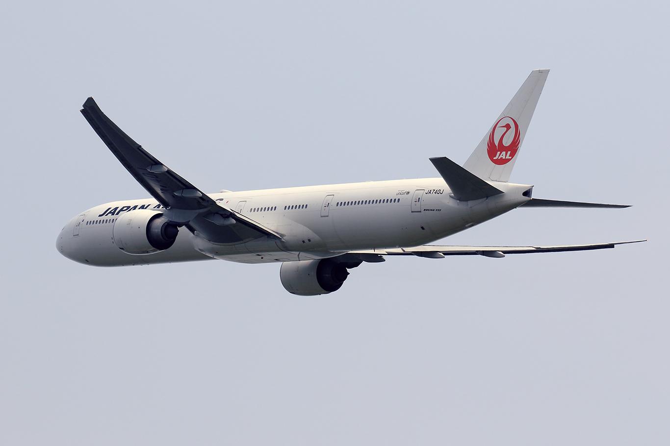 JL/JAL/日本航空 JL6710 B777-300ER JA740J