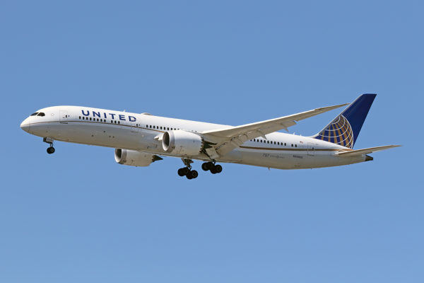 UA/UAL/ユナイテッド航空 UA881 B787-9 N35953
