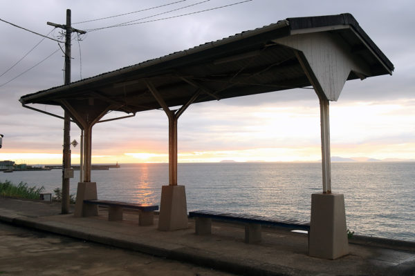 下灘駅と夕日