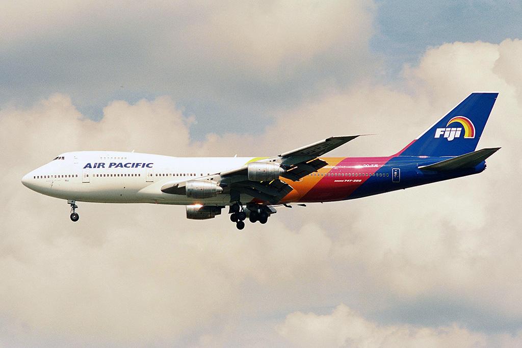 FJ/FJI/エア・パシフィック DQ-FJE B747-200