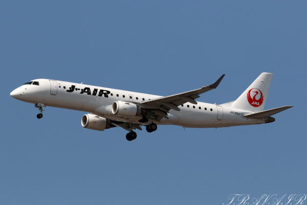 JL/JAL/日本航空 JL494 ERJ190 JA246J