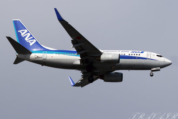 NH/ANA/全日空 NH376 B737-700 JA05AN
