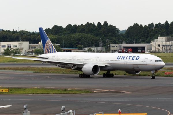 UA/UAL/ユナイテッド航空 UA2850 B777-300ER N2534U