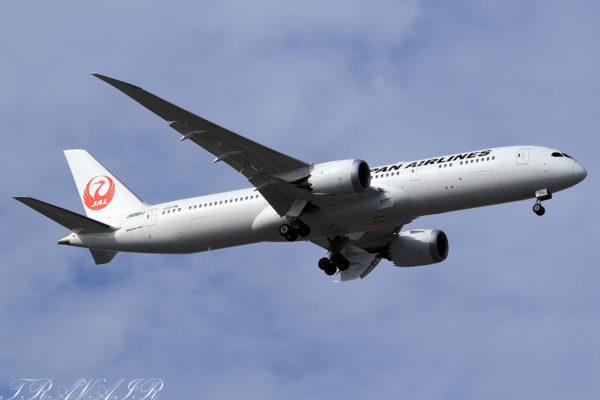 JL/JAL/日本航空 JL22 B787-9 JA880J