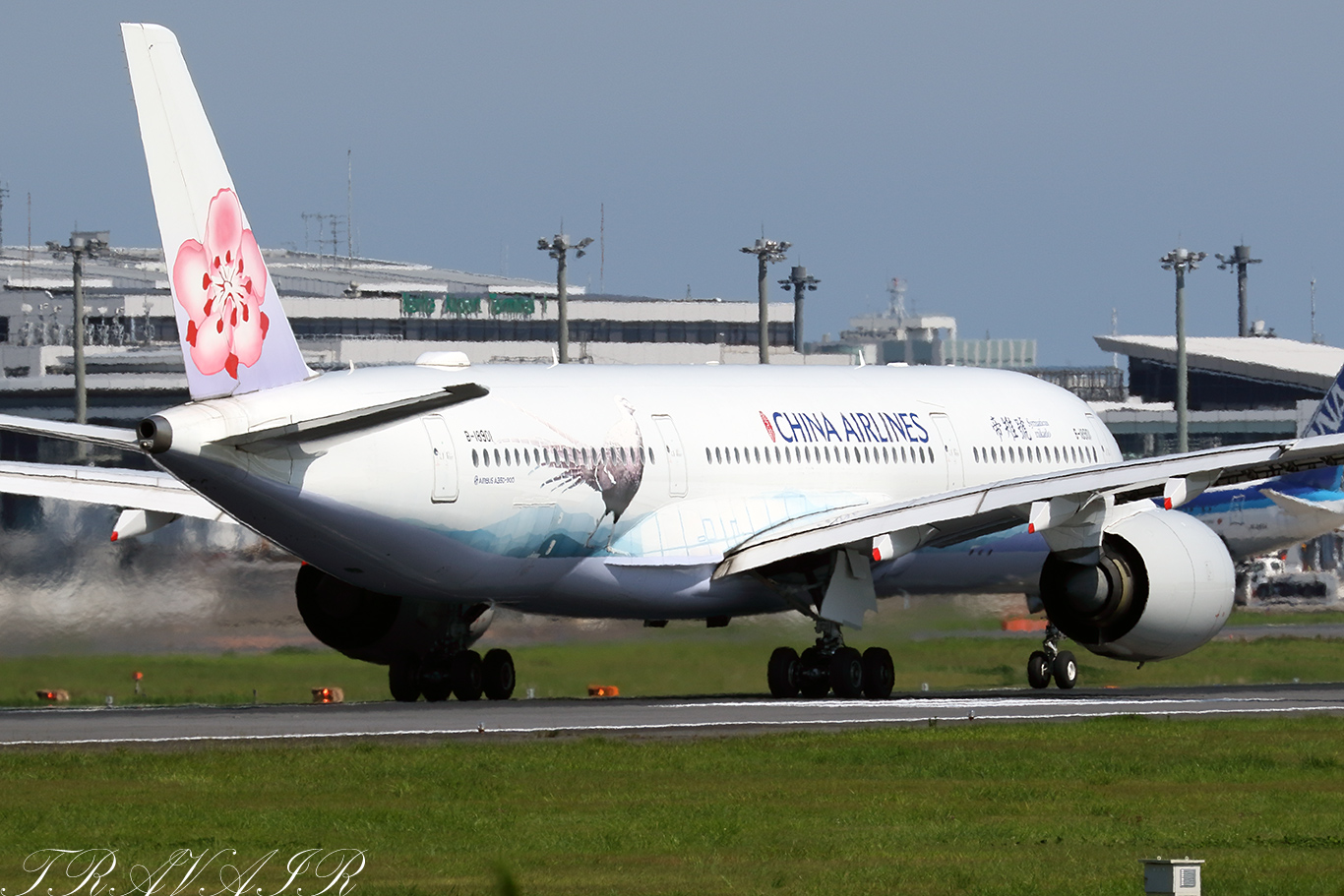CI/CAL/チャイナエアライン CI110 A350-900 B-18901