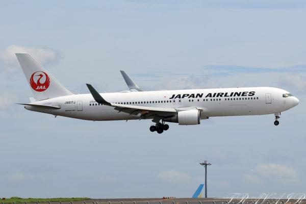 JL/JAL/日本航空 JL5772 B767-300ER JA617J