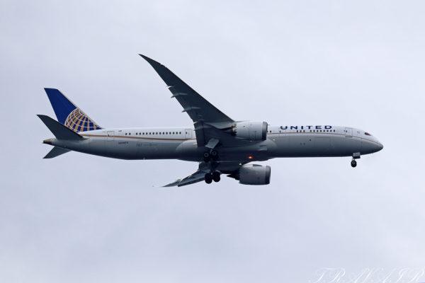 UA/UAL/ユナイテッド航空 UA881 B787-8 N24974